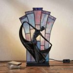 Flamina – flot bordlampe i Tiffany stil