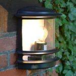 Elegant designet udendørsvæglampe Hollywood sort