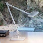 Hvid LED bordlampe Kelvin Edge