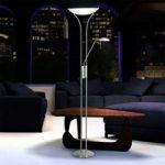Elegant uplight LUPO med hvide lampeskærme