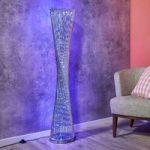 Ekstravagant udformet LED standerlampe Philia RGB