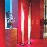 Kunstfærdig standerlampe SHAKTI, hvid
