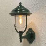 """Udendørs væglampe """"Parma"""" – opret, i grøn"""