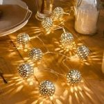 LED-lyskæde metalkugle sølv, 10 lk.