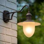 Nostalgisk Cottage væglampe til udendørs belysning