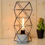 Sort bordlampe Rumico med gitterskærm