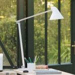 Louis Poulsen NJP LED-bordlampe, fod, hvid