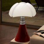 Højdeindstillelig bordlampe Pipistrello, i rød