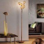 Gulvlampe Greta i rustlook med seks lyskilder