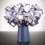 Ekstravagant bordlampe Clizia, blommefarvet