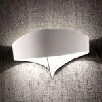 Hvid Scudo design-væglampe