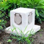 Dekorativ strømfordeler til haven Stone, m. 4 stik