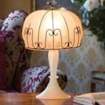 MEDUSA håndlavet bordlampe rav