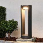 Justerbar LED-sokkellampe Dylen