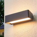 Logan – enkel LED-væglampe til udendørs, IP65