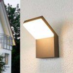 Nedadrettet LED udendørs væglampe Yolena