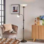 Rustik uplight-lampe Hannes med læselys