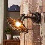 Pekka – væglampe med gitterafdækning