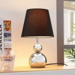 Forkromet tekstil bordlampe Andor i sort