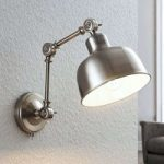 Væglampe Rosita, satineret nikkel, justerbar