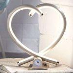 Hjerteformet LED-bordlampe Valentin i nikkel