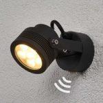 Praktisk LED-projektør Malo til udendørs brug